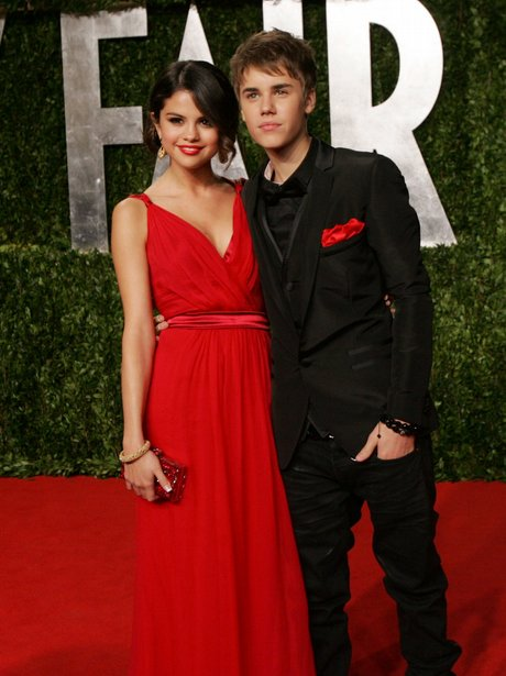justin bieber and selena gomez dating pics. justin bieber and selena gomez