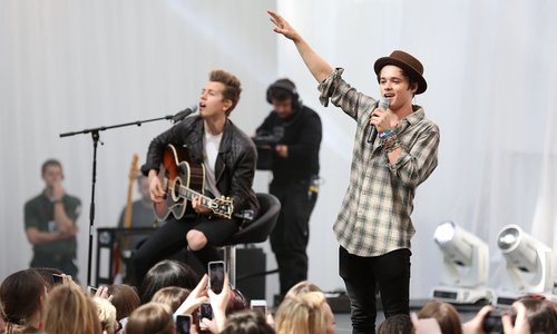 meet the vamps documentary hypothesis