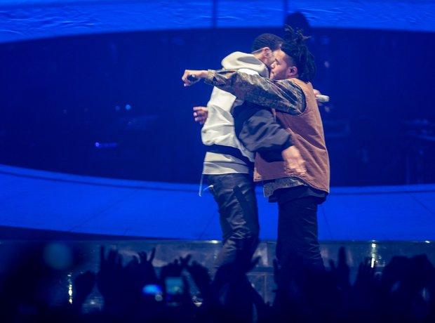 Drake hugging