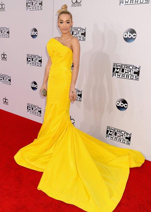 Rita Ora American Music Awards