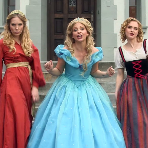 SLAYED IT! Sarah Michelle Gellar Stars In This HILARIOUS Disney Princess Rap Battle