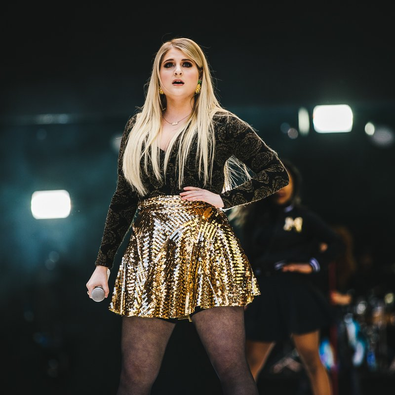 Meghan trainor lips are movin lyrics download