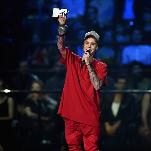 MTV EMAs 2015: Justin Bieber SMASHES The Record For Most ...