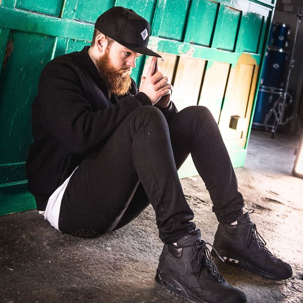 jack garratt new song