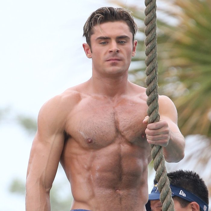 Zac Efron Muscle 37