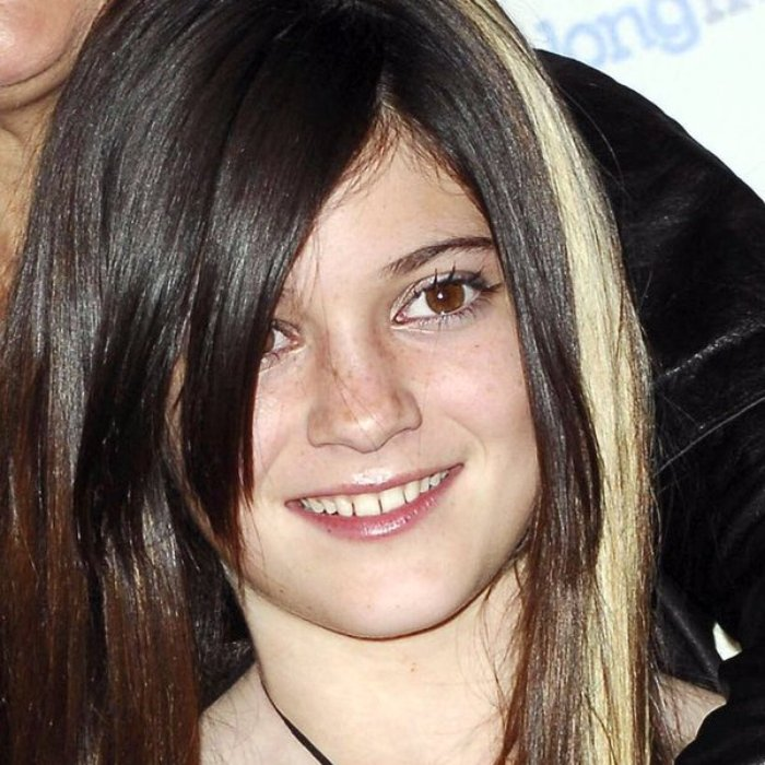 Watch An 8 Year Old Kylie Jenner Kills It Singing On