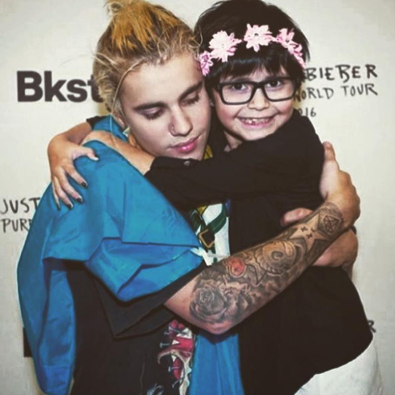 Justin Bieber and fan
