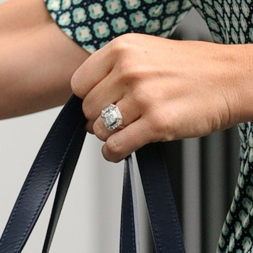 These Rings Look EXACTLY Like Pippa Middleton's But Cost ... - photo#8
