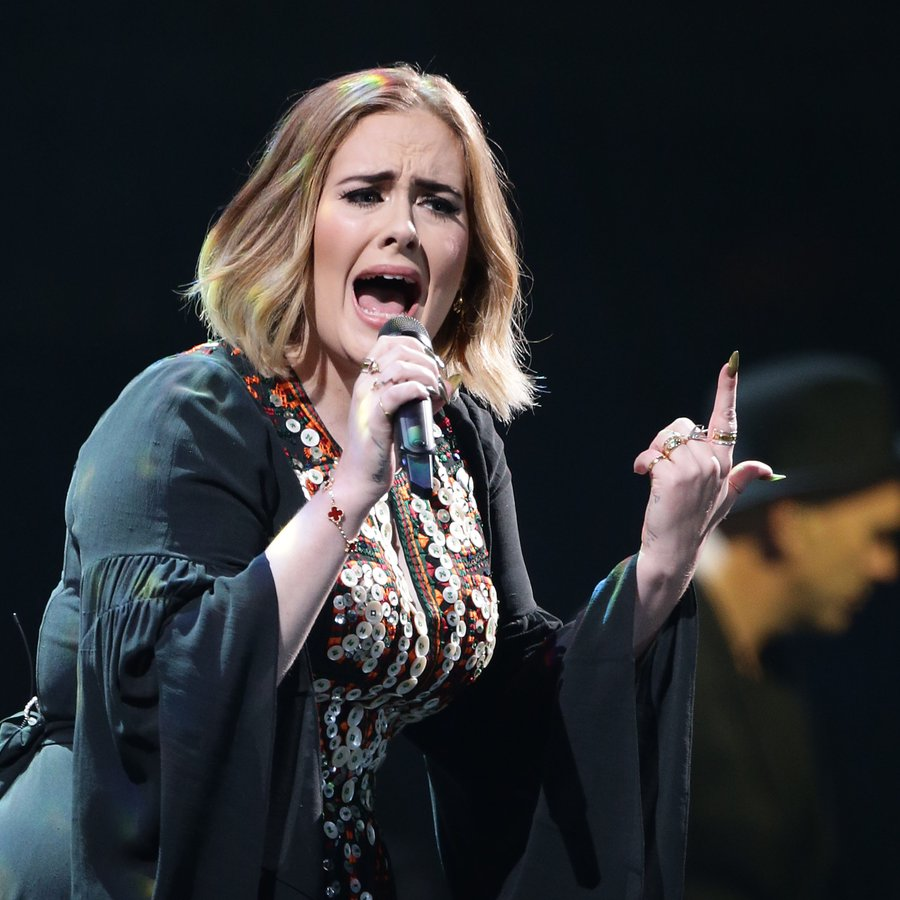 Adele Performing At Glastonbury