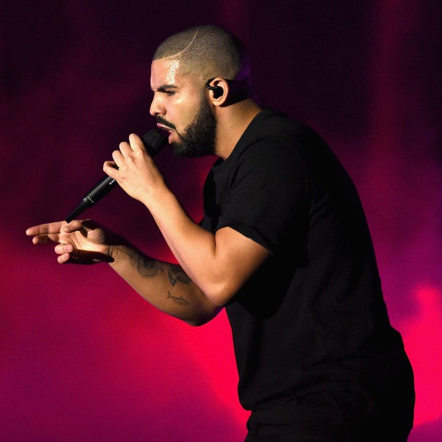 Drake  2016 iHeartRadio Music Festival