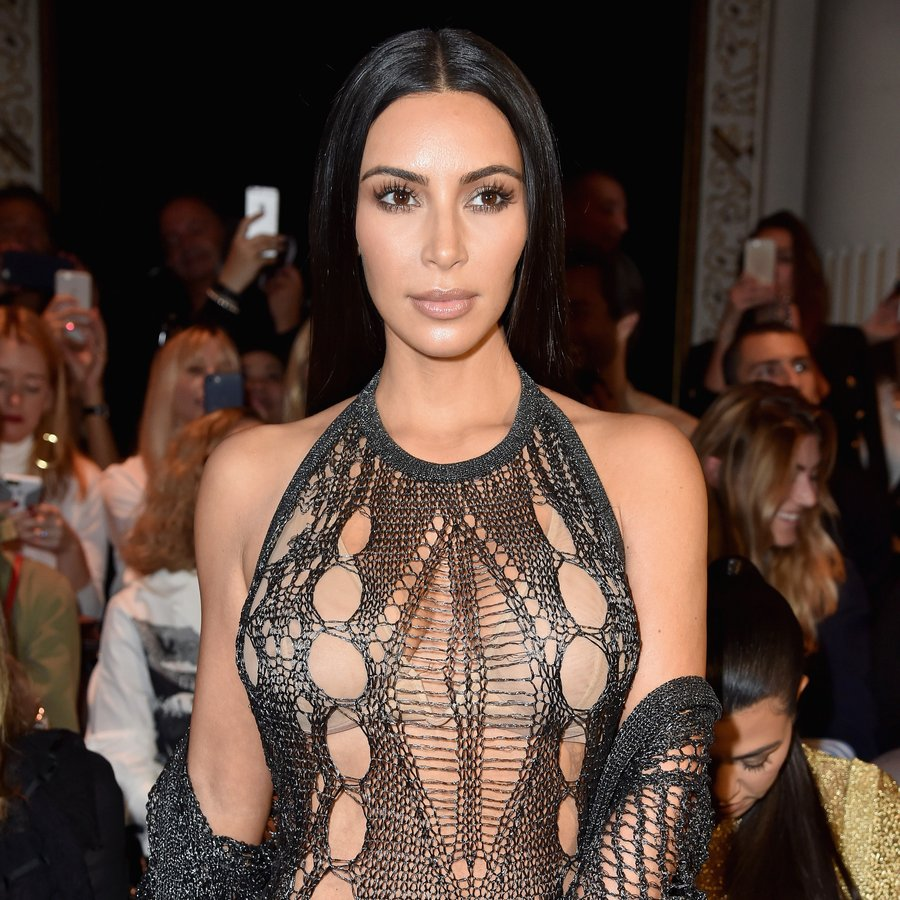 Kim Kardashian Balmain : Front Row - Paris Fashion Week Womenswear