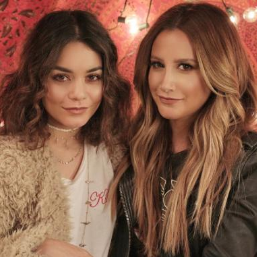 Vanessa Hudgens Ashley Tisdale Duet