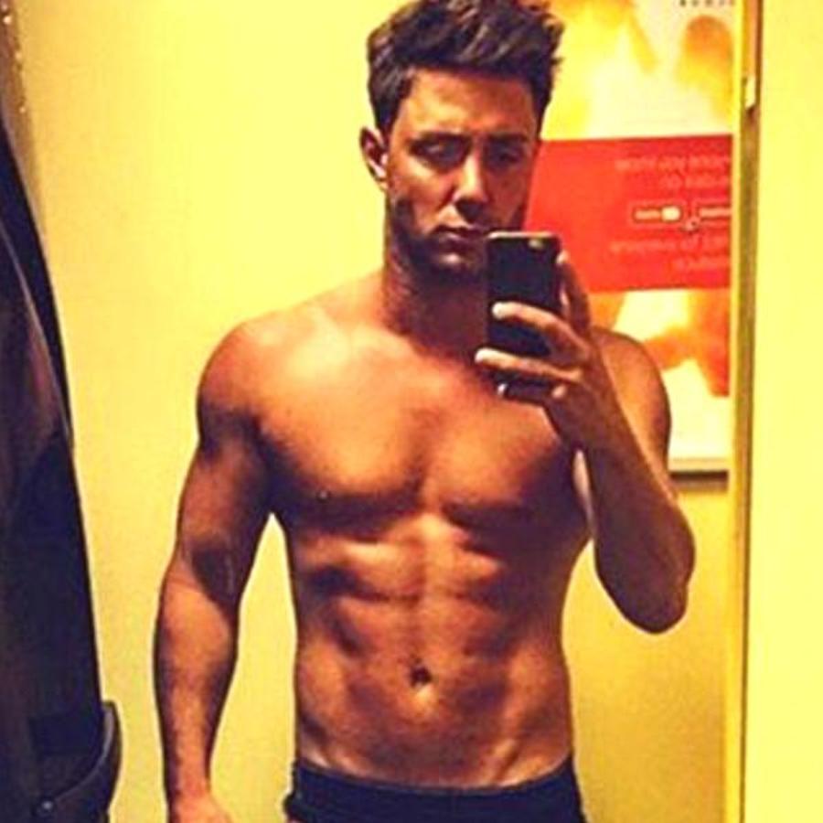 Ricci Guarnaccio Topless Selfie