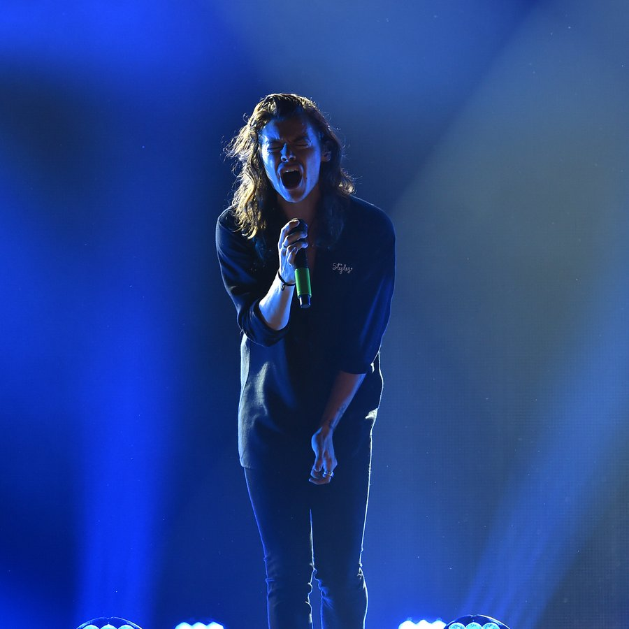 Harry Styles 102.7 KIIS FM's Jingle Ball
