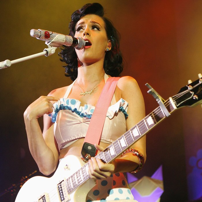 katy perry 2009 live