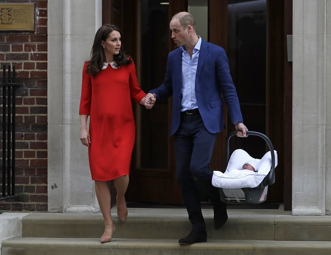 Louis Arthur Charles: Royals William and Kate name their newborn baby