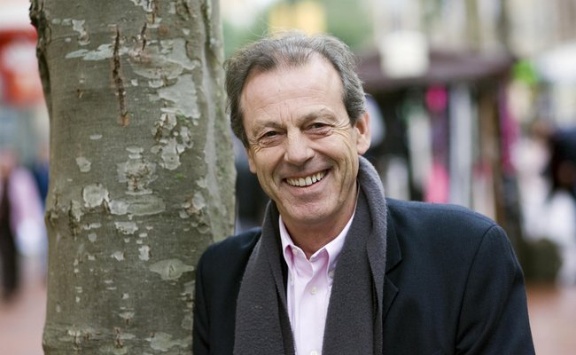 Anita Dobson on 'extraordinary chemistry' with EastEnders co-star Leslie Grantham