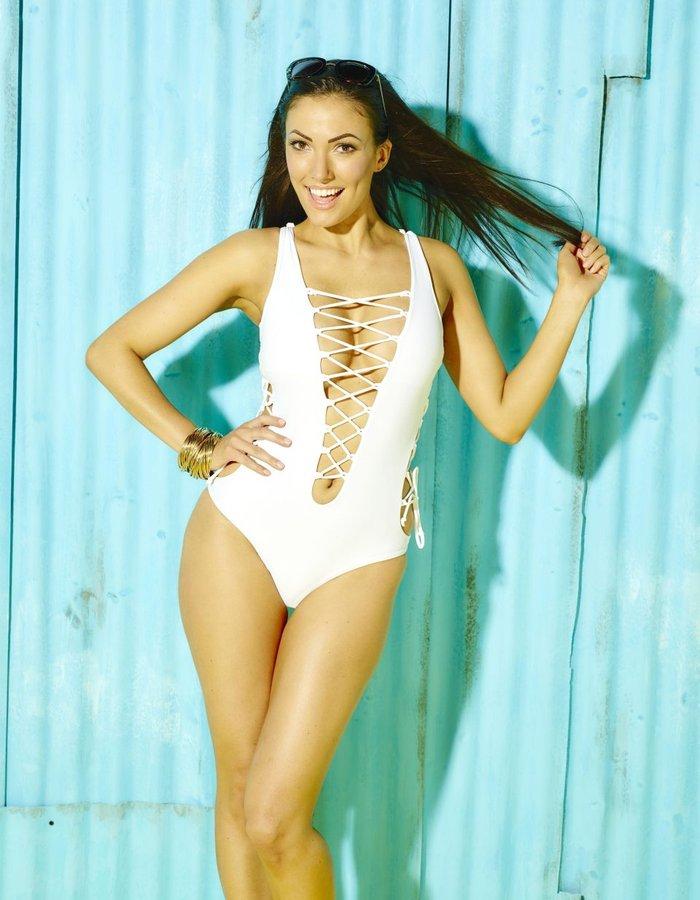 Sophie Gradon, former Love Island contestant, dies aged 32